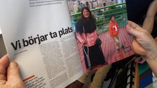 Tidningsuppslag med reportage från Bolivia
