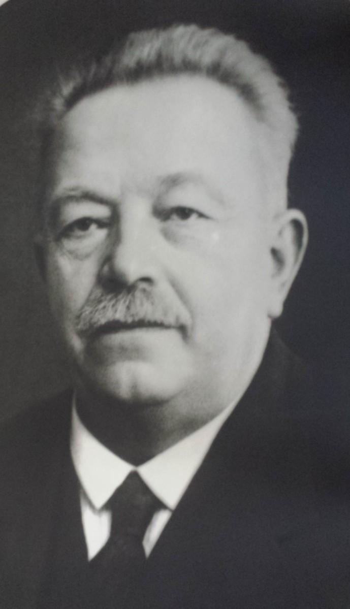 Karl H Klingberg