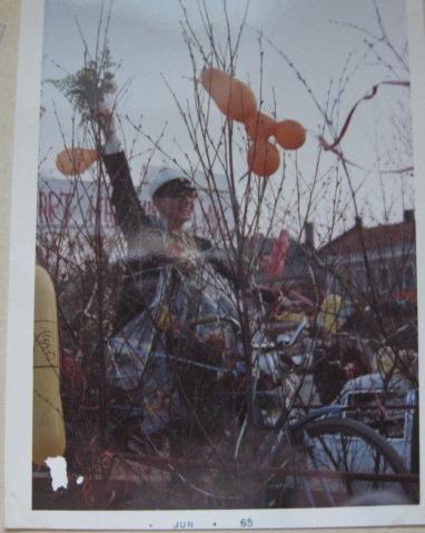 Lennart student på cykel